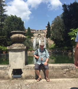 An overfed Richard takes a rest at the fountains of the Villa D'Este in Tivole