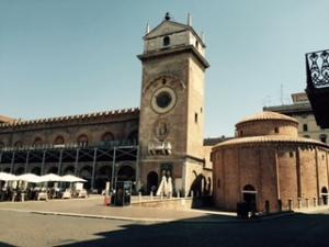 A tiny circular mausoleum church, the earliest in Mantua (C4th?). Alongside is the C15th Renaissance residence of one Giovannni Boniforte da Concorazzo, a wealthy merchant