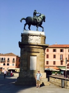 Donatello's impressive equestrian statue of the condotierre (mercenary soldier) Gattamelata who did much for Padua