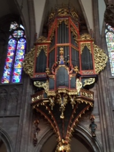 An organ with moving parts to its decoration..fit for a cathedral!