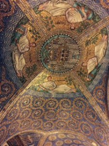 Aachen cathedral ceiling showing mosaics above the octagonal core of the worship space