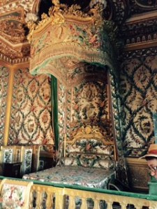 Fabulous bed designed by Marie Antoinette but never used by her!