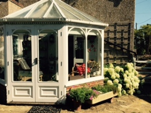 Wonderful sunroom at Forge House Frinsted