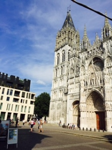 Front of house Rouen cathedral
