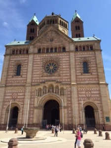 another frontal view of Speyer cathedral