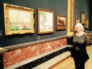 Ann amongst the French Impressionists