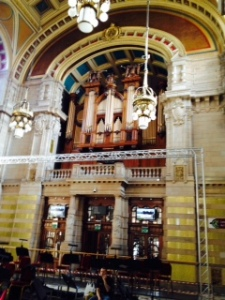 Pipe organ in the event hall at Kelvingrove Art Gallery in Glasgow. Organ recitals are held every afternoon