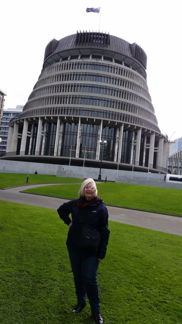 "NZ""The Beehive"" Wellington's Parliamentary building.jpg"